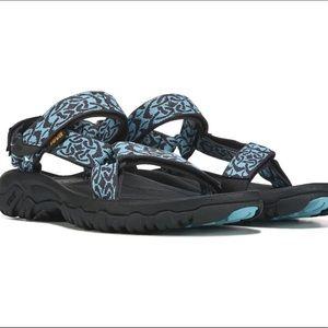 Teva hurricane 4 sandal